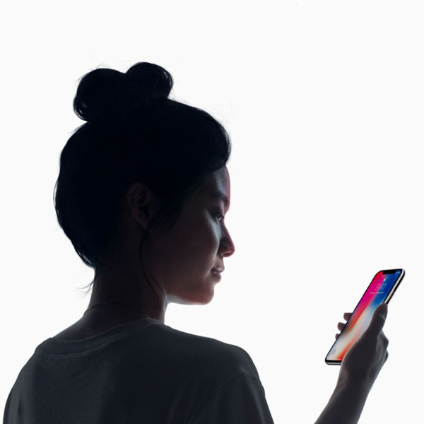 Apple iPhone X - Face ID A revolution in recognition.