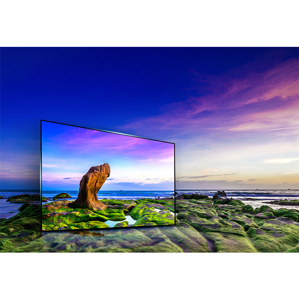 LG-43UJ634V-A-vibrant-and-vivid-picture-from-any-angle