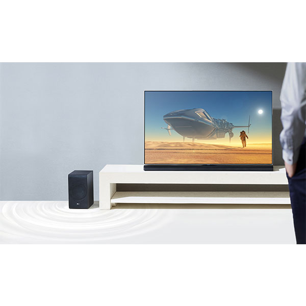 LG SJ8 Wireless Subwoofer, superb bass without wires
