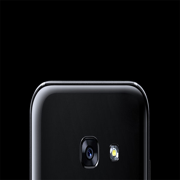 SAMSUNG A320 Bring images to life