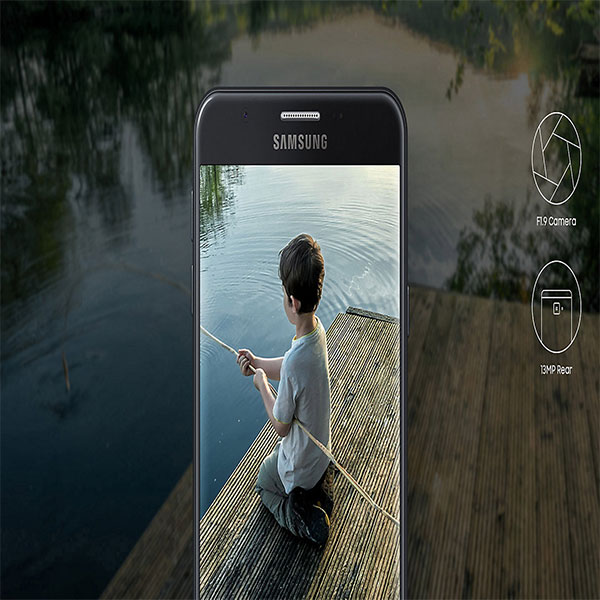 SAMSUNG-G610-Brighten-up-your-photos