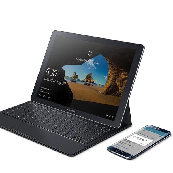SAMSUNG W700 Samsung Flow